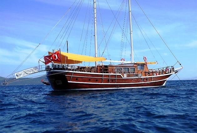 Harmona gulet yacht