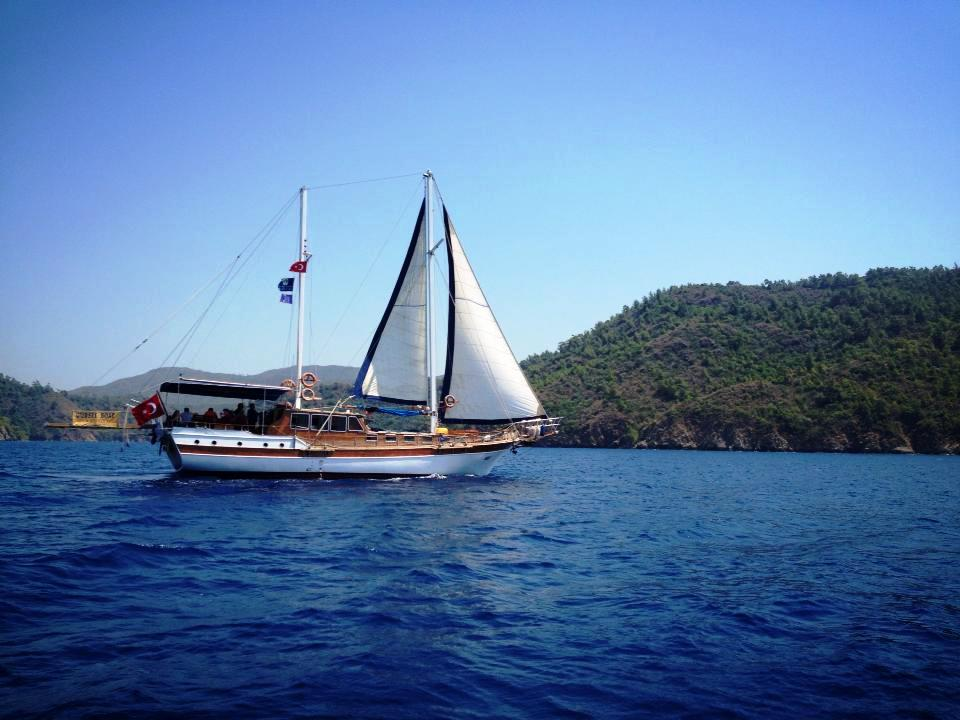 Gulet gursel private gulet charter in greece and turkey for Migliori cabin charter in wisconsin