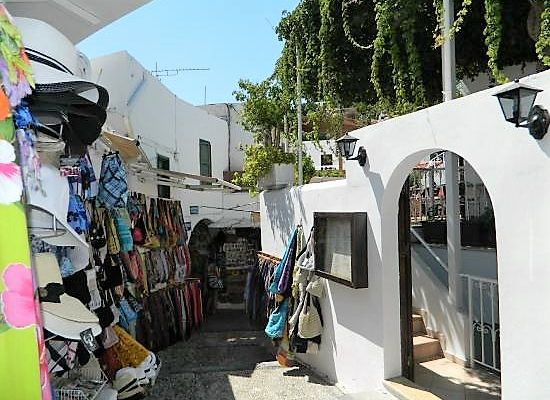 Shopping streets in Lindos