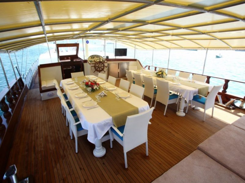 holiday5 gulet yacht