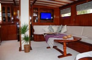 Elara gulet yacht saloon (1)