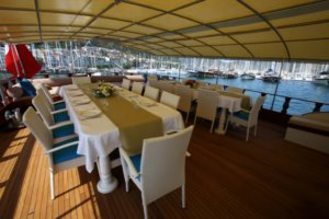 Holiday 5 gulet yacht (3)