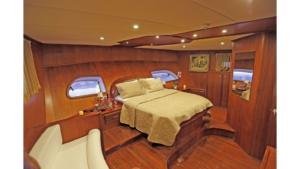 ilknur-sultan-gulet-yacht master cabin