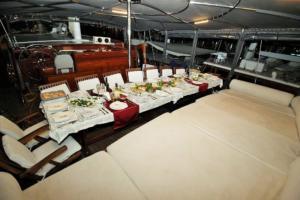 North Greek islands cruise gulet