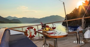 Remzi-Yilmaz-Gulet-deck outdoor  (1)